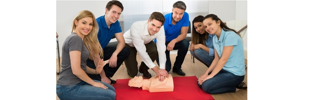 Image representing Who benefits from training in Basic Life Support (BLS)?